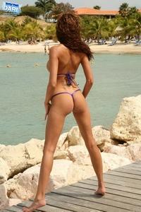 Bikini girls in sexy thong